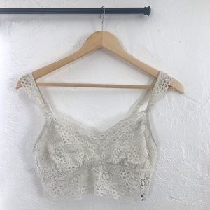 aerie Intimates & Sleepwear - Aerie White Floral Lace Bralette -  Lightly Lined
